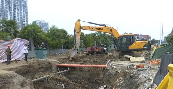 施工意外发现古墓 后续保护工作进行中